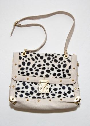 Louis Vuitton Style Black and white shoulder bag reslu-497