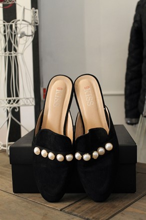 Red Kiss Gucci Style Pearl Detail Slippers reslu-556