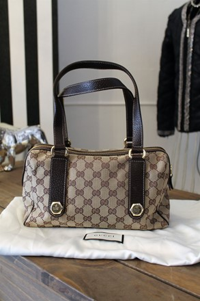 Gucci Hexagon Monogram Canvas Bowling Bag NEW reslu-435