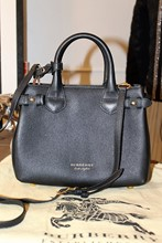 Burberry Banner Small Cross Body Bag relu-239
