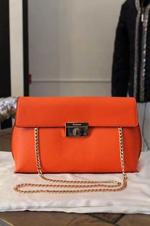Dune Bag with Gold Chain Strap relu-283