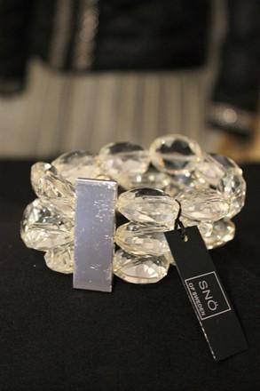 SNO of Sweden Large Crystal Cuff reslu-574