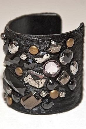 Black Jewelled Cuff relu-228