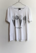 Einstein and Newton White T Shirt reslu-402